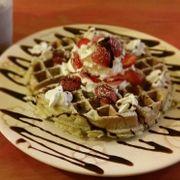 bánh waffle trà xanh
