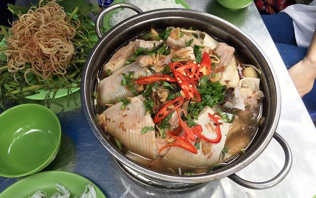 Lẩu Cá Đuối Út Mười - 10 Trương Công Định