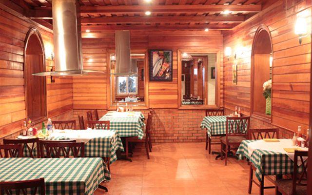 Hot Rock Cafe