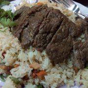 cơm chiên dương châu bò bít tết
