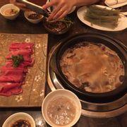 Lẩu nấm + thịt bò
