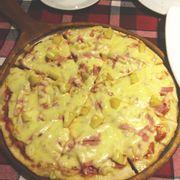 Pizza Hawaiian thêm cheese đế mỏng