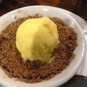 Bánh táo chocolate kem