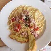 Spaghetti Cảbonara!!! Béo béo, ngậy ngậy. Sợi mì dai mềm nhưng không bị nhũn.