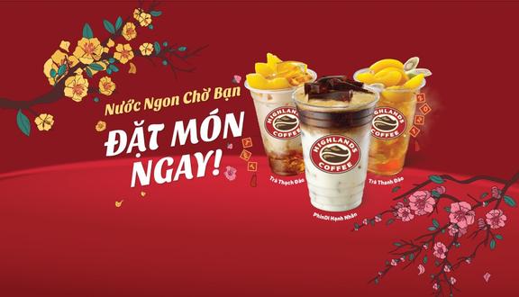 Highlands Coffee - Cột Cờ