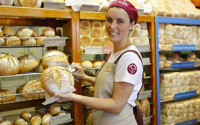 Liên Hoa - Bakery & Restaurant - Đường 3 Tháng 2