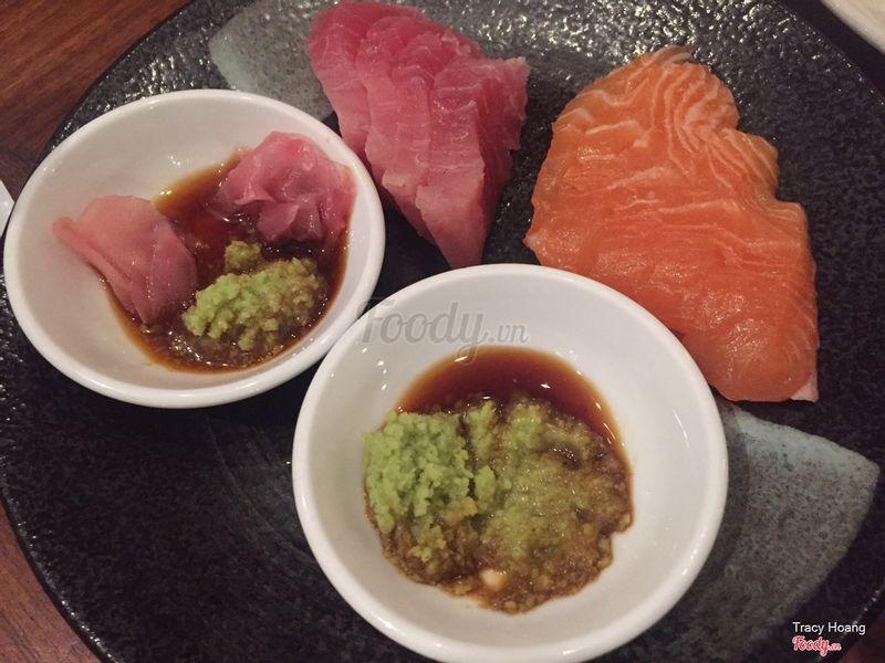 Cá hồi và tuna
