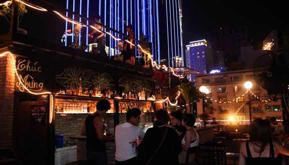 Broma Saigon Bar