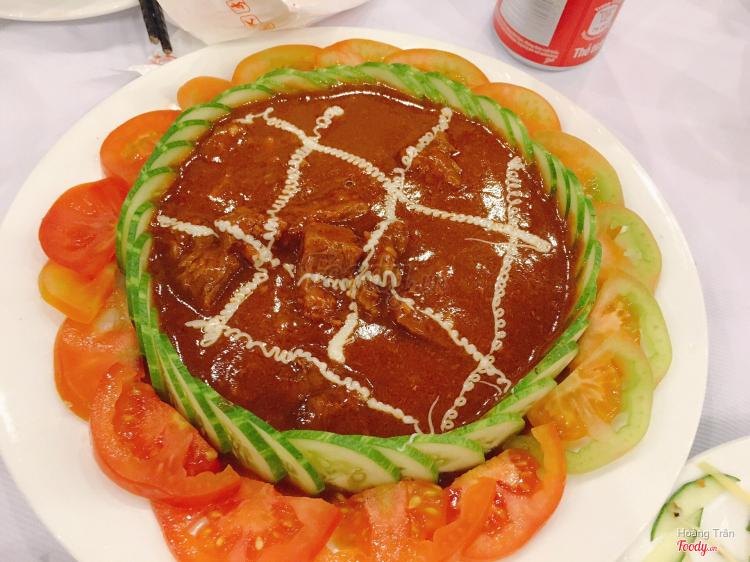 Thịt bò xốt cà chua