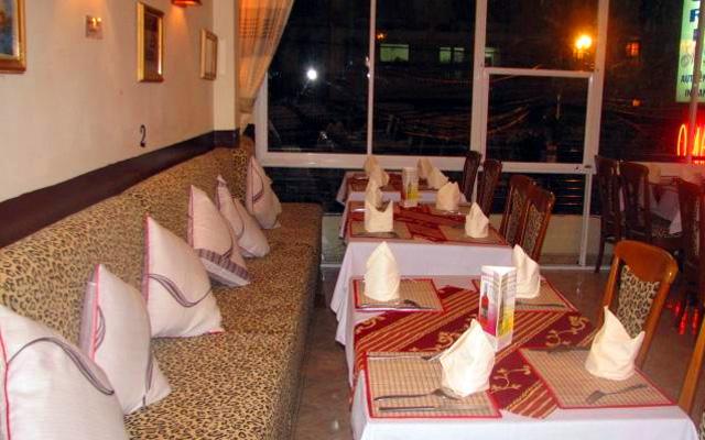Omar's Indian - Nhà hàng Ấn Độ