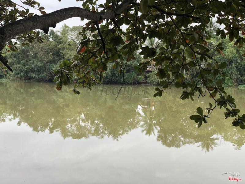 View sông Hương thơ mộng