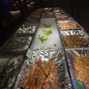 Pool buffet-1 yersin