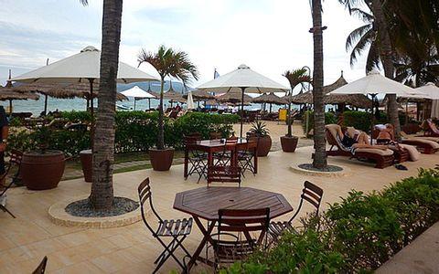 Beach Pub ở Nha Trang