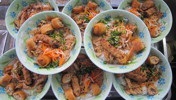 Hoàng Văn - Bún Thịt Nướng
