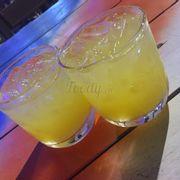 2 ly vodka pha có giá 200k :))
