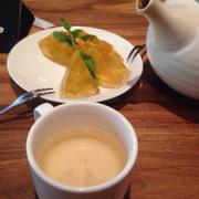 Rau câu đào + Bình trà hoa lài