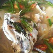 lẩu cá lăng nấu mang chua rất ngon