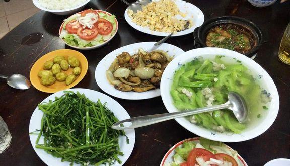 Quán Thuận Ký - Cơm Việt Hoa