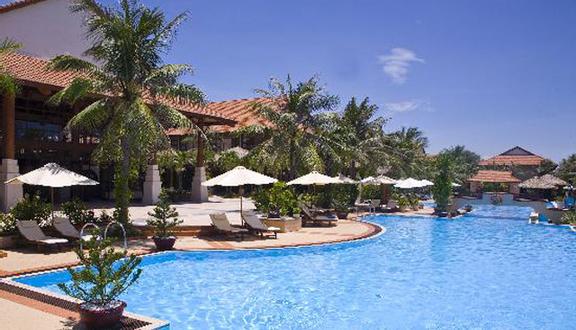 Swiss-Belhotel Golden Sand Resort & Spa