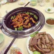 Nầm dê nướng và thịt dê hấp