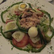 Salad cá ngừ và trứng