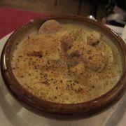 Hải sản phô mai đút lò (món này là súp hải sản kem sữa nè)