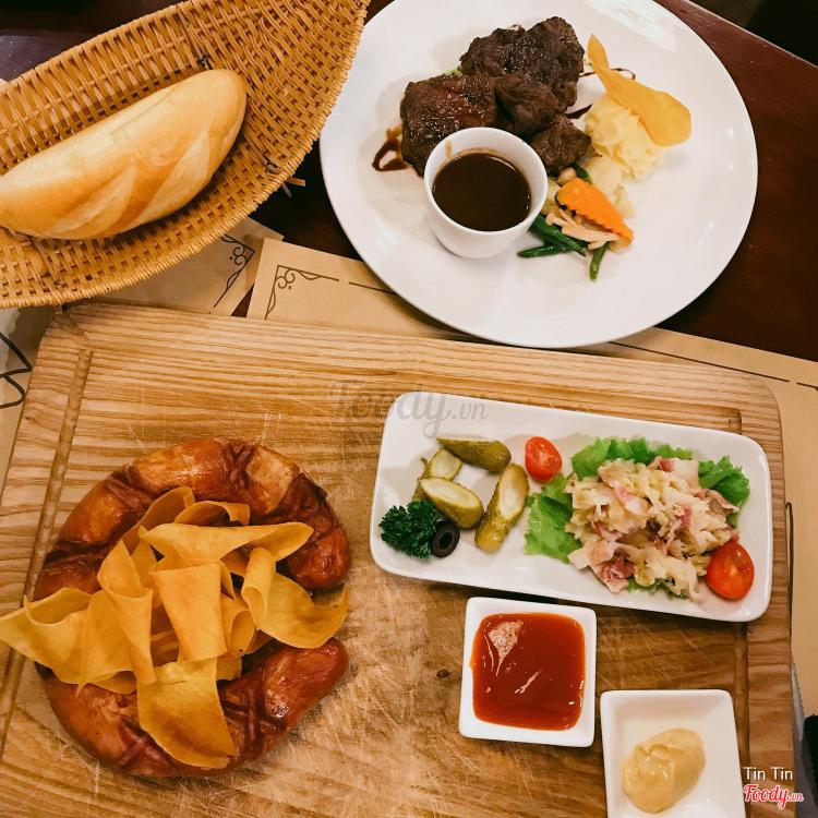 Botanica - Cafe & Resto - Thái Phiên ở Hà Nội