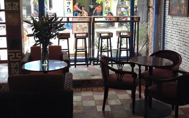 Hàn Huyên Cafe