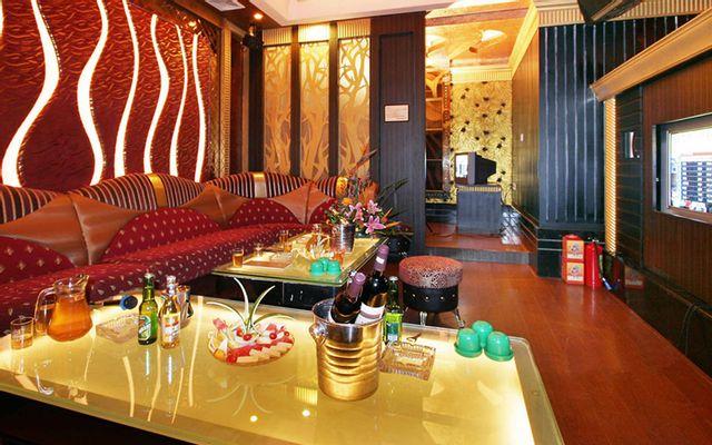 Tiếng Tơ Đồng - Cafe & Karaoke