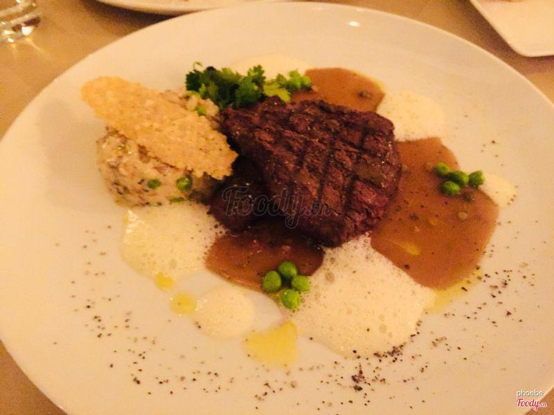 Bò úc rất mềm, đặc biệt là cơm nấm thơm vô cùng