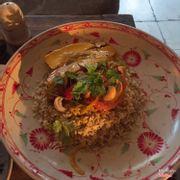 Cơm gạo nứt - xoài sốt cary : 100k