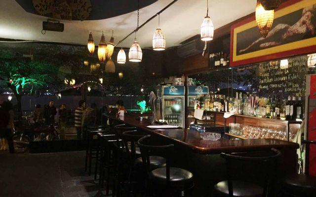 21° N Club Cafe