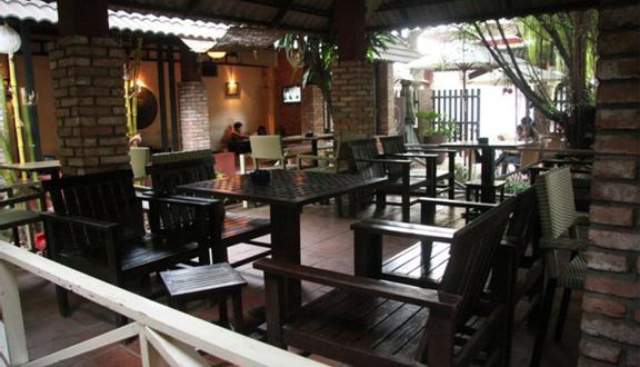 Phố Xưa Cafe & Restaurant