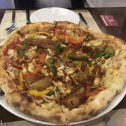 pizza chicken bbq với sốt trái cây