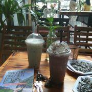 Trà sữa bạc hà, chocolate đá xay