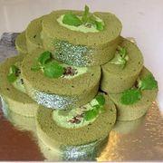 Maccha roll cake