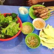 Nem lụi Nguyễn Khuyến - Mình ăn ở đây cảm thấy rất ngon, 5k/1c ăn no luôn ạ, nước chấm rất vừa miệng, lần sau mình sẽ ghé nữa 😍😍