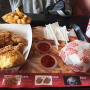 Phần ăn hai bạn gái (1 ăn nhiều-1 ăn ít) ăn hết từ buổi trưa đến tối vẫn chưa thấy đói