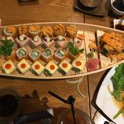 Thuyền sushi