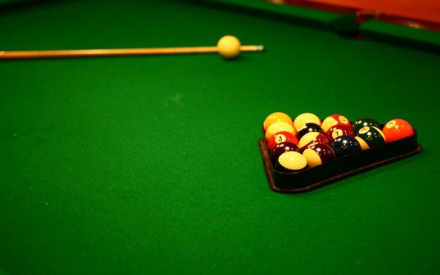 Quán Nghệ Sĩ - Billiards & Fastfood- Tràng Tiền