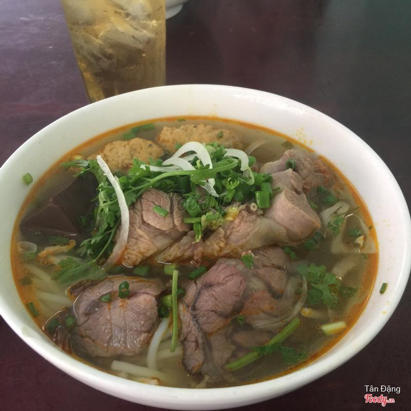 http://admin.foody.vn/Administration/Media/PictureList.aspx?get-img=true&resid=94650&fileName=foody-ut-hung-bun-bo-485-636627157681371519.jpg