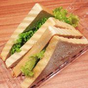 Sandwich và bánh ngọt rẻ và ngon