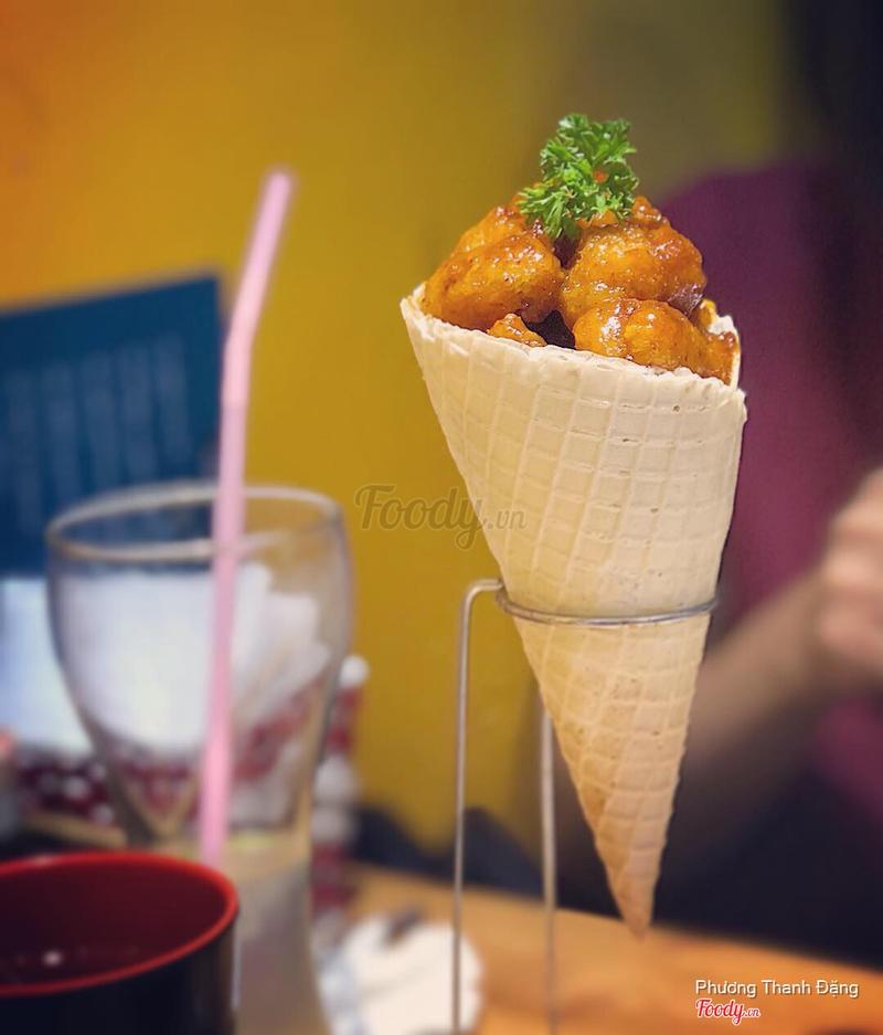 Chicken Cone cream cheese cay