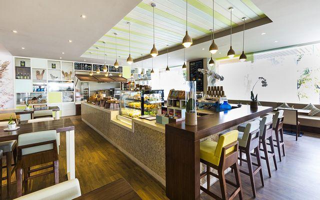 Deli Restaurant - À La Carte Danang Beach Hotel