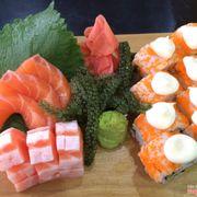 sashimi cá hồi - sushi