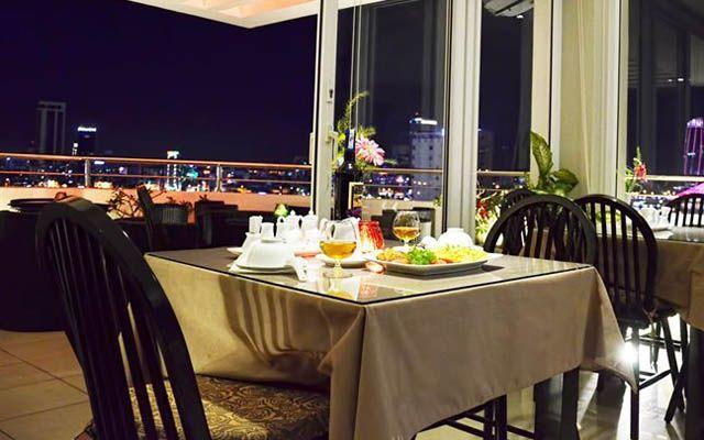 Sky Bar Restaurant - D&C Hotel