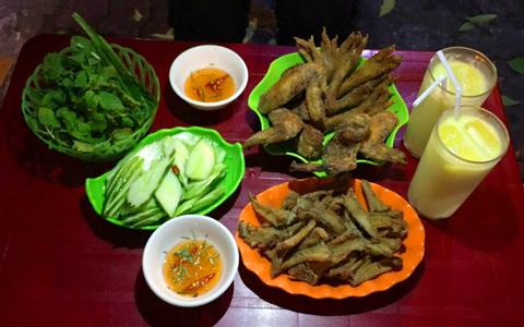 Chân gà rang muối ngon Hà Nội