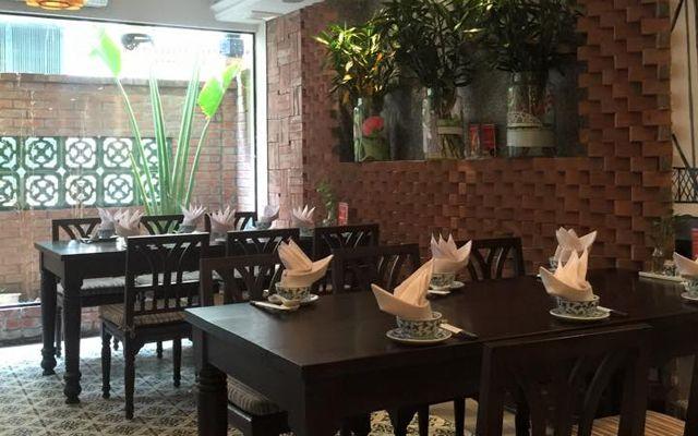 Huế Restaurant - Đào Tấn