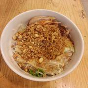 Bún trộn gà nấm