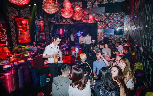 Check Out Pub - Lương Ngọc Quyến